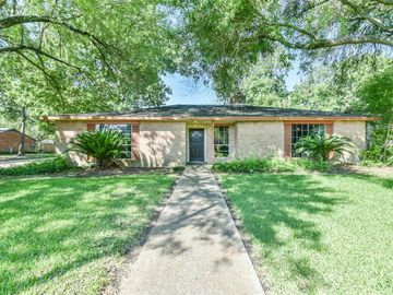 17022 Forest Bend Avenue, Friendswood, TX, 77546,
