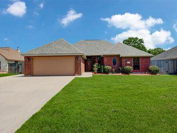 117 Audubon Woods Drive, Richwood, TX, 77531,