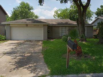 9905 Sparrow Street, La Porte, TX, 77571,