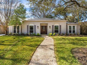 314 Briar Hill Drive, Houston, TX, 77042,