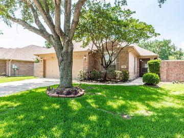 2404 Fairway Pointe Drive, League City, TX, 77573,