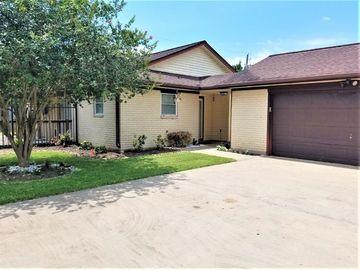 6129 Fox Ridge Drive, Angleton, TX, 77515,
