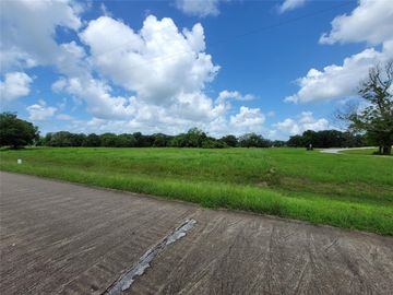 1326 Mill Road, Angleton, TX, 77515,