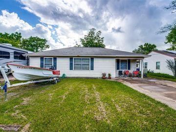 420 Farrer Street, Angleton, TX, 77515,