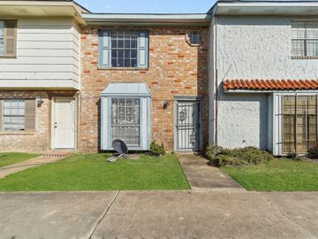 7163 Chasewood Drive, Houston, TX, 77489,