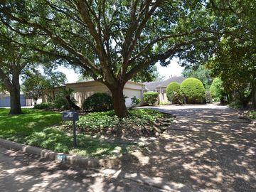 406 Fox Briar Lane, Sugar Land, TX, 77478,