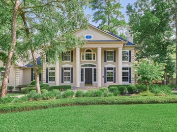 18 N Heritage Hill Circle, The Woodlands, TX, 77381,