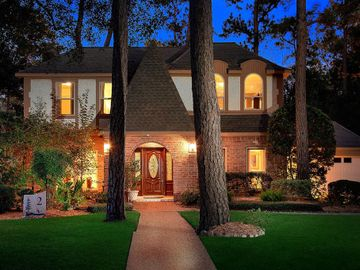 2 Noontide Circle, The Woodlands, TX, 77380,