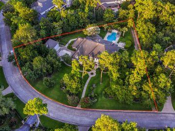 6 S Regent Oak, The Woodlands, TX, 77381,