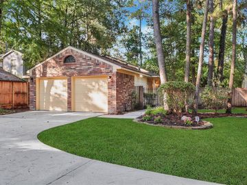 19 Abbey Brook Place, The Woodlands, TX, 77381,