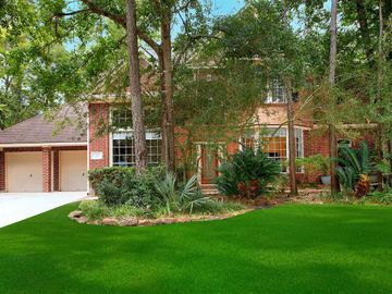 2 Gallant Oak Place, The Woodlands, TX, 77381,