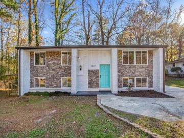 1013 Vintonwoods Drive, Forest Park, GA, 30297,