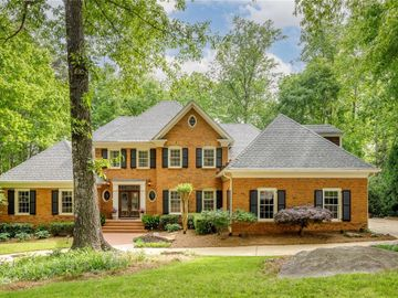 7960 Landowne Drive, Sandy Springs, GA, 30350,