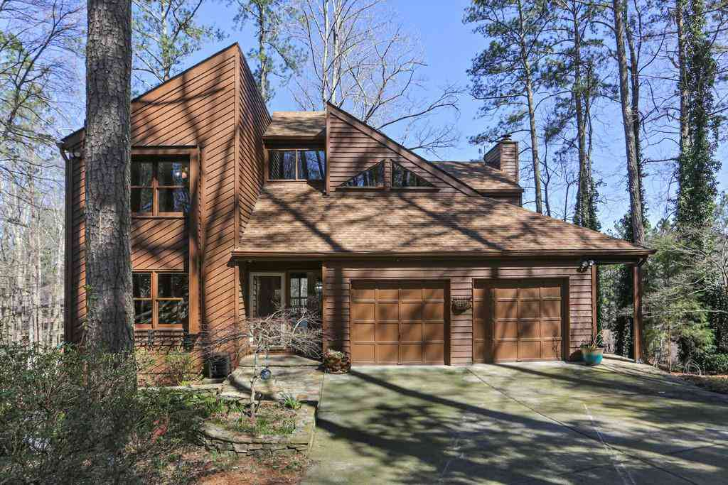 4221 Shire Court NE, Roswell, GA, 30075,