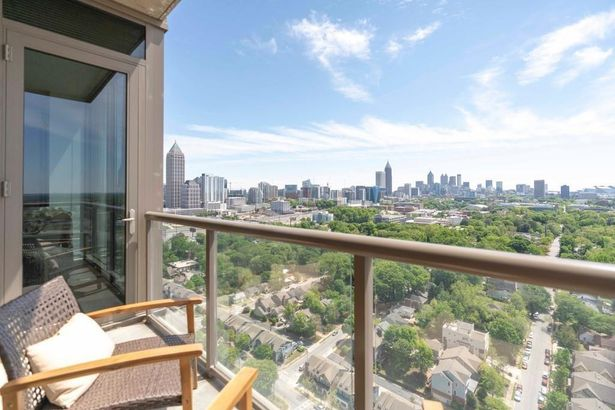 270 17th Street NW #3307