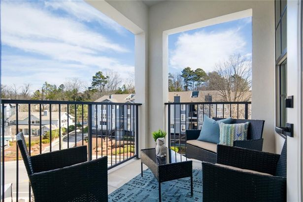 6890 Peachtree Dunwoody Road #101