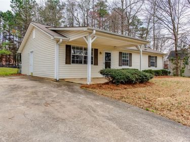 6834 Mark Turner Road, Lithia Springs, GA, 30122,
