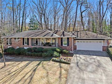 70 Landsdowne, Atlanta, GA, 30328,