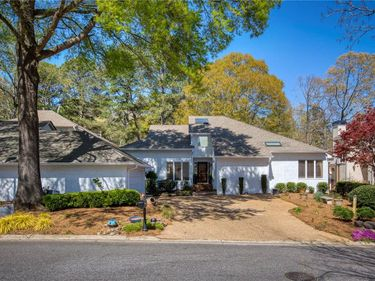 2600 Links End, Roswell, GA, 30076,