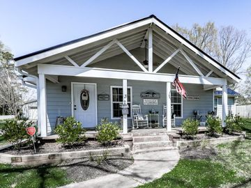 32 Richards Road NE, White, GA, 30184,