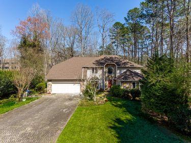 10625 Roxburgh Lane, Roswell, GA, 30076,