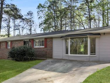 8956 Clover Lane, Lithia Springs, GA, 30122,