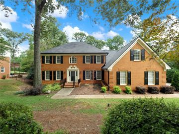7575 Hunters Woods Drive, Sandy Springs, GA, 30350,