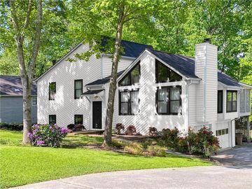 805 Montclaire Place, Woodstock, GA, 30189,