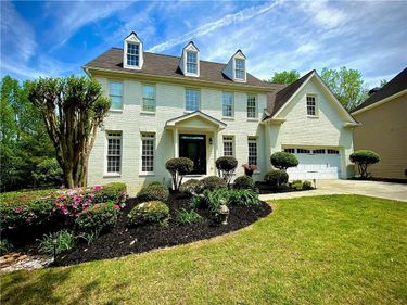 1060 Wilde Run Court, Roswell, GA, 30075,