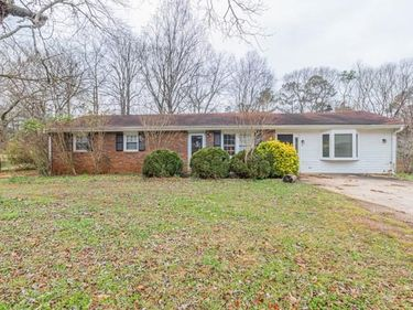 3799 Sweetbriar Circle, Lithia Springs, GA, 30122,