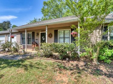 335 Knollwood Lane, Woodstock, GA, 30188,