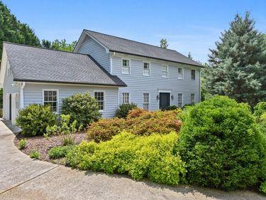 1946 Village Creek Court, Dunwoody, GA, 30338,