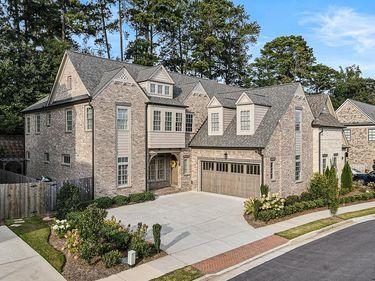 1803 Kent Avenue, Dunwoody, GA, 30338,