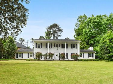 1575 Old Spring House Lane, Dunwoody, GA, 30338,