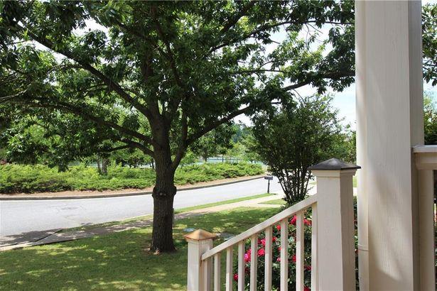 5 Lake Haven Drive