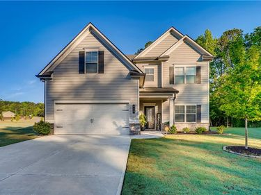 919 Blackberry Trail, Loganville, GA, 30052,