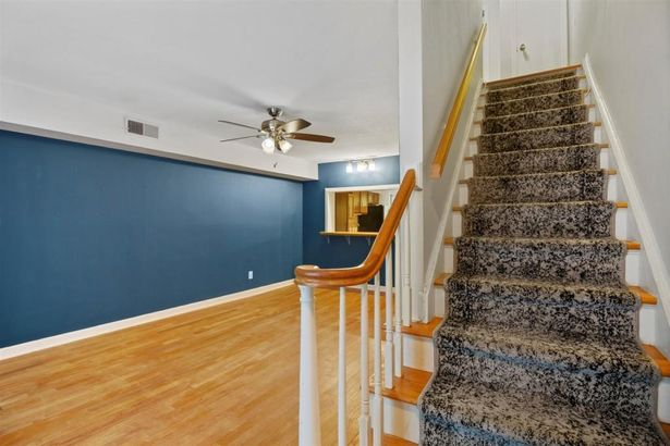 3083 Colonial Way #D