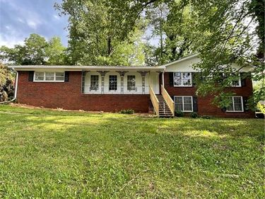 2992 Laura Lane, Lithia Springs, GA, 30122,