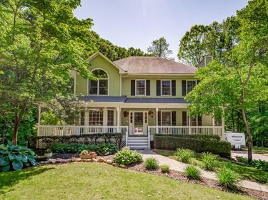 4891 Thorn Valley Court NW, Acworth, GA, 30102,