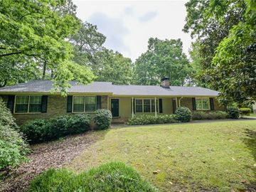 915 Hunterhill Drive, Roswell, GA, 30075,