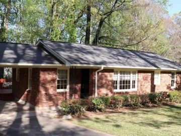 1910 Fairway Circle NE, Brookhaven, GA, 30319,
