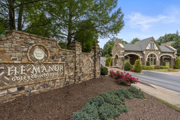 2885 Manor Bridge Drive
