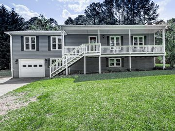 230 Mill Creek Road, Woodstock, GA, 30188,