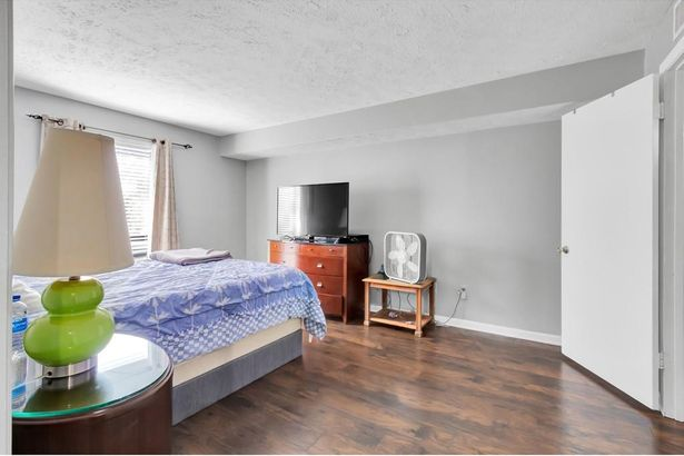 8740 Roswell Road #5E
