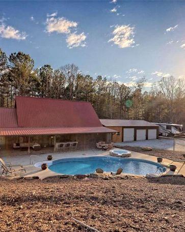 1853 Tugalo Village Road Clarkesville, GA, 30523