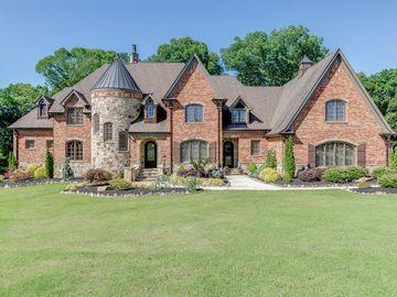 567 Versailles Drive, Auburn, GA, 30011,