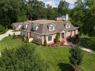 126 Woodlake Drive, Gainesville, GA, 30506,