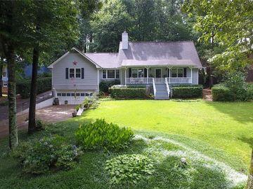 154 Mystic Cove SW, Lilburn, GA, 30047,
