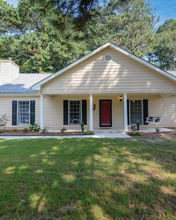 35 Lacey Oak Lane Loganville, GA, 30052