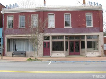 123 S Main Street, Warrenton, NC, 27589,